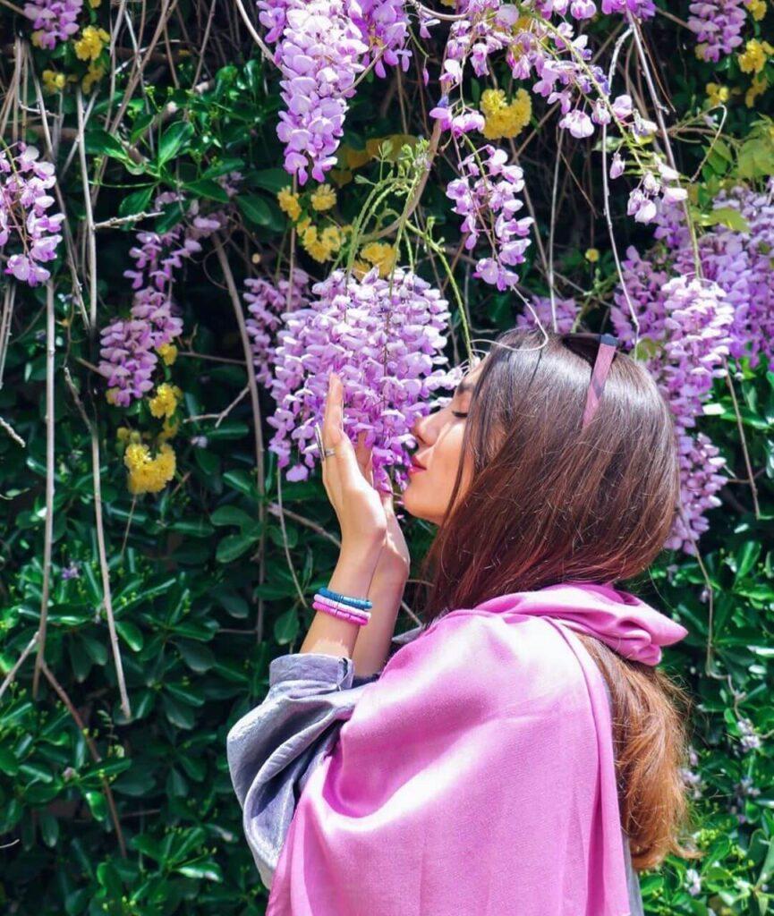 عکس دخترونه باحال و شاد برای پروفایل
