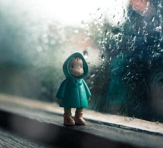 عکس پروفایل بارانی شاد