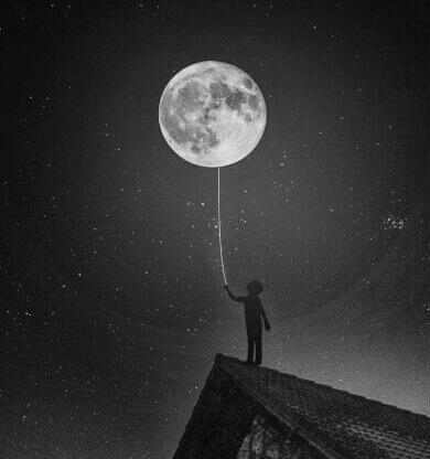 عکس پروفایل سیاه سفید ماه