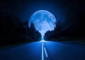 دانلود عکس ماه و دریا