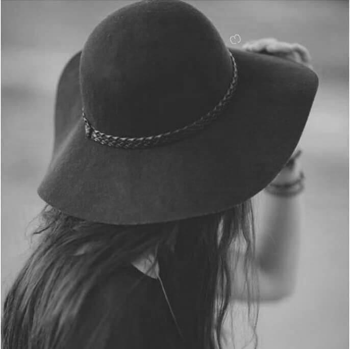 عکس سیاه و سفید دخترانه برای پروفایل